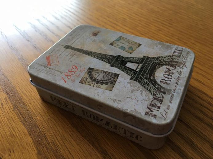 Travel Tin - Romantic Paris
